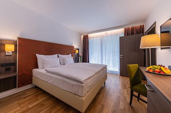Deluxe Room, Hotel Schloss Weikersdorf, Baden