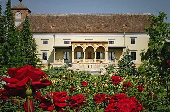 Hotel Schloss Weikersdorf, Baden, Austria